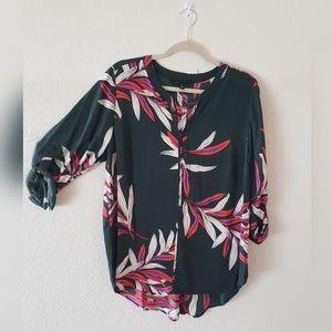 41 HAWTHORN NWOT VNeck Floral Blouse Rollup Sleeve